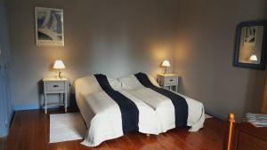 chambre 3 lits 180
